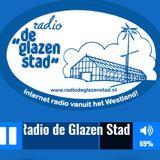 Jan van Dam  live  bij www.radiodeglazenstad.nl