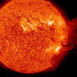 Sun uncorks a massive solar blast