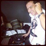 PODCAST FLASH DECADES (MASTER DJS) - DJ RAIDI REBELLO (04-04-2014) WWW.UNDERBEATS.COM