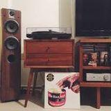 Living Room Selection: 80´s Hip Hop, 808 Drums & Rareties.