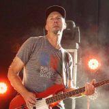 Brad Merritt (54-40) chats with Jack Antonio at Edmonton Rock Fest (Aug. 13/2016)