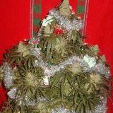 NvRd - Smoke under the Christmas tree