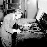 LOMAN - Urgent Radio Show #25 - Vinyl Hour