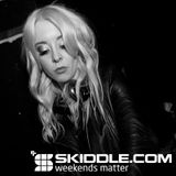 Skiddle Mix 007 - Adele Moss (Little Sister/Freeze)