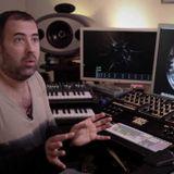 MARK DYNAMIX interviews Techno Artist/DJ DAVE CLARKE (2003) 12min