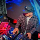 Headphones On. World Off. (DJ ULAHZ)