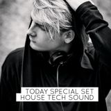 Special set House Tech sound – JOHAN C