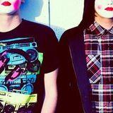 Geisha Twins - Live @ 4DISCO Radioshow - 11.04.2011