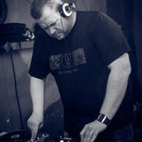 From Ambient over Rhythm'n'Noise to Dubstep Mix by Der Retronaut 28.12.13