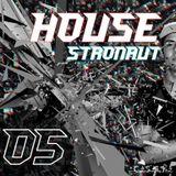 HouseStronaut #05