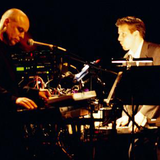Brian Eno & J. Peter Schwalm - Volcán del Cuervo, Lanzarote Festival 13-10-2001