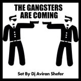 The Gangsters are coming 01