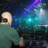 "CHRIS ROBERTS DJ  ""MOVIN ON"""