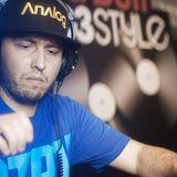 REAL MIXES T.R.U.S.T.Y. RADIO 06 – DJ TRUSTY LIVE AT RED BULL THRE3STYLLE