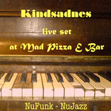 The cut from 3,5 hours of lave set at Mad Pizza E Bar(NuFunk-Nujazz)