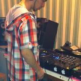 Uk & Soulful funky house mixed live by Dj Thumbzil