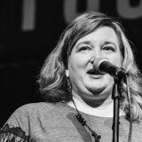 RB61: An Unquiet Mind - Julie Peters