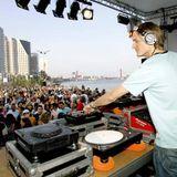 Michel de Hey @ Loveland Queensday 2012 NL (30.04.12) (Oosterpark)