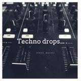 Techno drops...