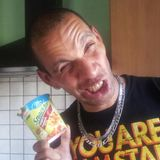 Gulasch mit Brezeln beim Einschalen @ Marc's Place__07.10.2012 pt.1