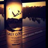 Dj Fabinho Macedo sunset grey goose