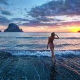 Love Ibiza ChillHouse Topless Remix