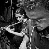 Szabi vinyl DJ set feat Fanni Zahar (flute) - Slow Down show, Tilos Radio Budapest 01.01.2012