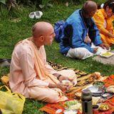 Su Santidad Hanumatpresaka Swami - La definición de Dios