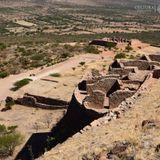 La Quemada; el antiguo cerro de los edificios