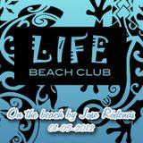 On The Beach 01-05-2012