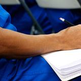Estudiantes confinados continúan beneficiándose del programa de estudios de la UPR.