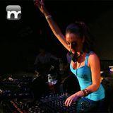Hayley-Parsons-liveset-11-10-10-mnmlstn