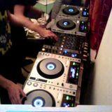 Dj Schmuzka - Mixup 30 Tunes Under 30 (Apex Tribute)