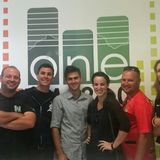 One FM 94.0 - Ian Ward and Ingrid Roberg chat to Lizzy Daniel and Jason from the USA