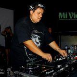 DJ THE BEAT  MIX - ROSANNA