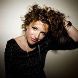 Annie Mac – BBC Radio1 (10-05-2012)