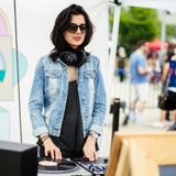 2016-05-14 - Veronica Vasicka @ Brooklyn Flea, RBMA Festival, New York
