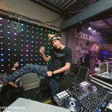 หลอกกูเคี้ยว กูเลยพาเลี้ยวลงคลอง Live in กาญจนบุรี - ด่อน ดอนเมือง VS แก้ว กวางซิ่ง - By Durex