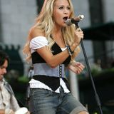 Carrie Underwood, Live 2009-09-12 CMT Invitation Only