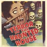 TERROR IN THE HAUNTED HOUSE - Halloween Mix