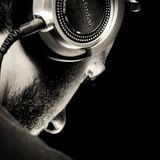 tech house sound....dj evil