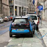 Csak a kőolaj finomításra használt energia elég lenne az elektromos autók töltésére