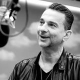 MARK DYNAMIX interviews DAVE GAHAN from DEPECHE MODE (2004) 16min
