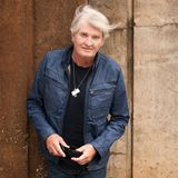 Tom Cochrane calls up Jack Antonio (June 29/2015)