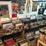 Melting Pot Radio S.01 EP.08 - Special vinyl selection at the record store - Hosted by GON