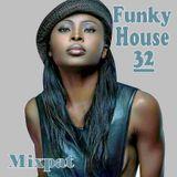 Funky House 32
