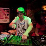 DJ Sweder - Clubmix Live (radio show) @ Dance Radio 4.4.2010