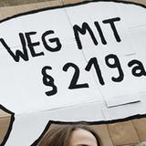 Resist! --   Polizeigesetz, §219a + Streik am 08.03. + Kritik am Popfeminismus