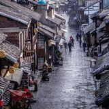 Buzz Around China With Gergin - Ep.7 Guiyang
