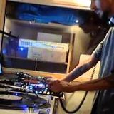 ( All VINYL )  Mixing Some Classics , Deep house And House Music .... Dj Stretch